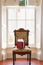 Colonial Home Decorating Colonial Christmas Decor Ideas Midwest Living