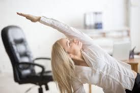 se muscler au bureau 5 techniques pour se muscler incognito au bureau l6mag