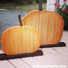 diy recycled wood pumpkins