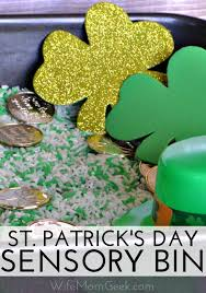 sensory bin for st patrick u0027s day