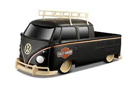 volkswagen type 2 amazon com maisto harley davidson custom volkswagen type 2 truck