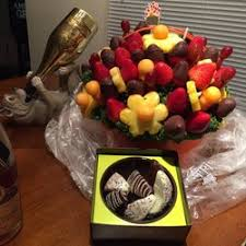 fruit arrangements delivered edible arrangements 17 reviews gift shops 5124