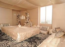 Crazy Apartment Interior Design Of Fashion Designer DigsDigs - Fashion design bedroom