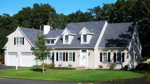 Floor Plan With Garage by Cape Cod Style House Plans With Garage With Cream Wall Paint Color