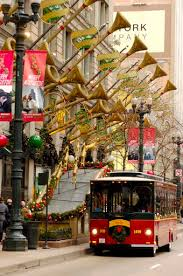 holiday lights trolley chicago trolley holiday lights tour introduces families to christmas in