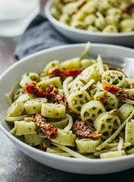 pasta salad pesto pesto pasta salad with sun dried tomatoes savory tooth