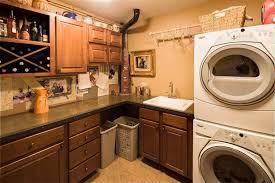 Kraftmaid Laundry Room Cabinets Craftsman Laundry Room With Built In Bookshelf Simple Granite