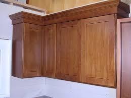 light oak shaker kitchen cabinets honey oak shaker kitchen cabinets photo album