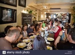 Family Restaurants Covent Garden People Eating At Browns Restaurant Covent Garden London Uk Stock