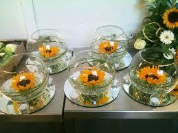Centerpieces With Sunflowers by Sunflower Centre Piece Party Centerpieces Pinterest