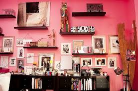 few grown up ways to decorate with pink
