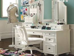 Beautiful Makeup Vanities Perfect Makeup Vanity Table With Best 25 Makeup Vanities Ideas On