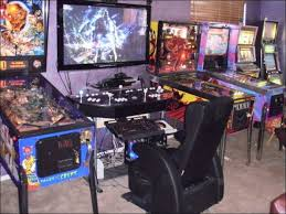 Best Gaming Rooms - coolest gaming rigs and gaming rooms from around the world 24 pics