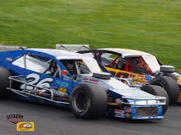 modified race cars nascar whelen modified tour seekonk speedway