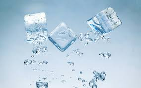 ice cubes in water wallpaper