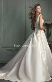 Sell Wedding Dress Sell Ivory Satin Square Neck Wedding Dress With Pleated Upper Body