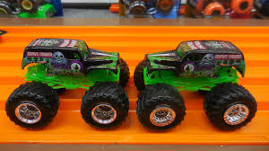 wheels monster jam grave digger truck monster jam grave digger 2016 new wheels tooling youtube