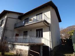 Haus Kaufen 100000 Comer See Domaso Haus Mit Land Direkt Am See Immobilien Comer See