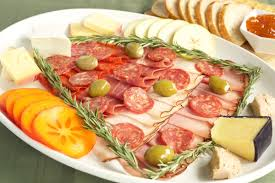 christmas tree charcuterie tray recipe cooking with janica