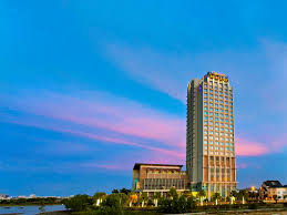 hotel in danang grand mercure danang