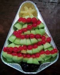 20 festive holiday vegetable trays butter with a side of bread