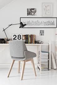 petit fauteuil de bureau aménagement d un petit espace de travail le bureau style