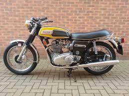 triumph trident t150 motor bikes pinterest vintage bikes