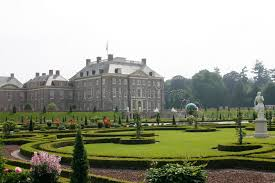 het loo palace apeldoorn my collection of postcards from the royal palace het loo with renaissance garden stock photo image of