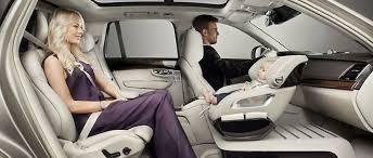 siège auto bébé dos à la route volvo réinvente le transport de bébé automobile