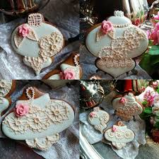 ornaments and roses by teri pringle wood cakes cake decorating