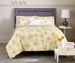 Grey And Yellow Comforters Best 25 Yellow Comforter Ideas On Pinterest Yellow Spare