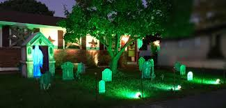 Halloween Yard Lighting How To Build A Halloween Mausoleum U2013 Unhipdotcom
