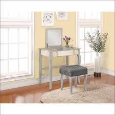 Bedroom Makeup Vanity With Lights Small Makeup Vanity Set Vanity Desk For Sale And Makeup Vanity