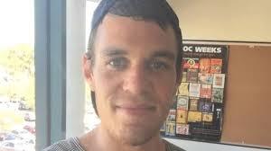 aboriginal australian man shares messages he regularly