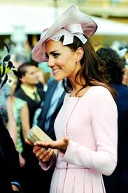 duchess kate duchess kate recycles emilia wickstead dress 764 best kate middleton images on pinterest duchess kate duchess