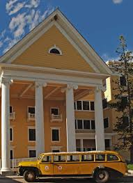 historic lake yellowstone hotel in world u0027s first national park