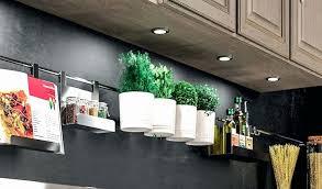 led sous meuble cuisine eclairage meuble cuisine led lovely le meuble cuisine le sous