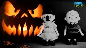 halloween story time with charlie brown u0026 lucy youtube