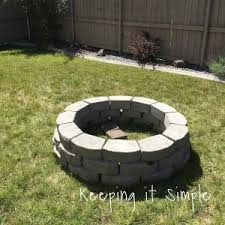 how to build a fire pit table fireplace best 25 backyard fire pits ideas on pinterest build a