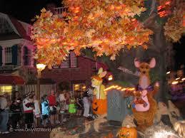 mickey u0027s not so scary halloween party returns to disney world
