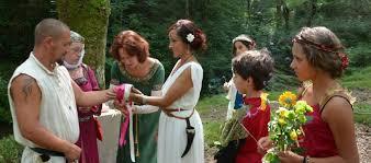 mariage celtique la cérémonie de mariage celtique par la célébrante agathia