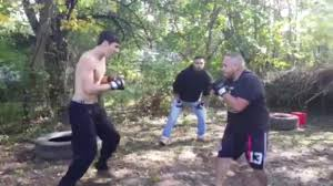 mma fighter breaks mexican boxer u0027s face open with flying knee ko ufc