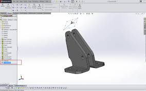 start sketching in solidworks by selecting an edge