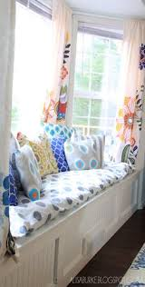 Making A Bay Window Seat - 42 amazing and comfy built in window seats window front
