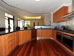 kitchen house designs kitchen on kitchen in 30 design ideas 16