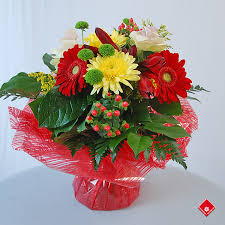 bouquets of flowers bouquet of fresh cut flowers for montreal delivery the flower pot