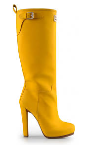 yellow boots s dsquared2 yellow boots made for walkin