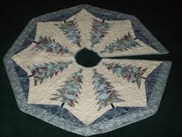 Quilted Christmas Tree Skirts To Make - machine quilted christmas tree skirt silver and blue tree skirts