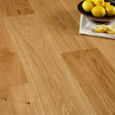 Laminate Flooring B Q Colours Sotto Oak Effect Wood Top Layer Flooring 1 37m Pack