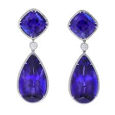 tanzanite earrings a pair of contemporary tanzanite earrings at 1stdibs